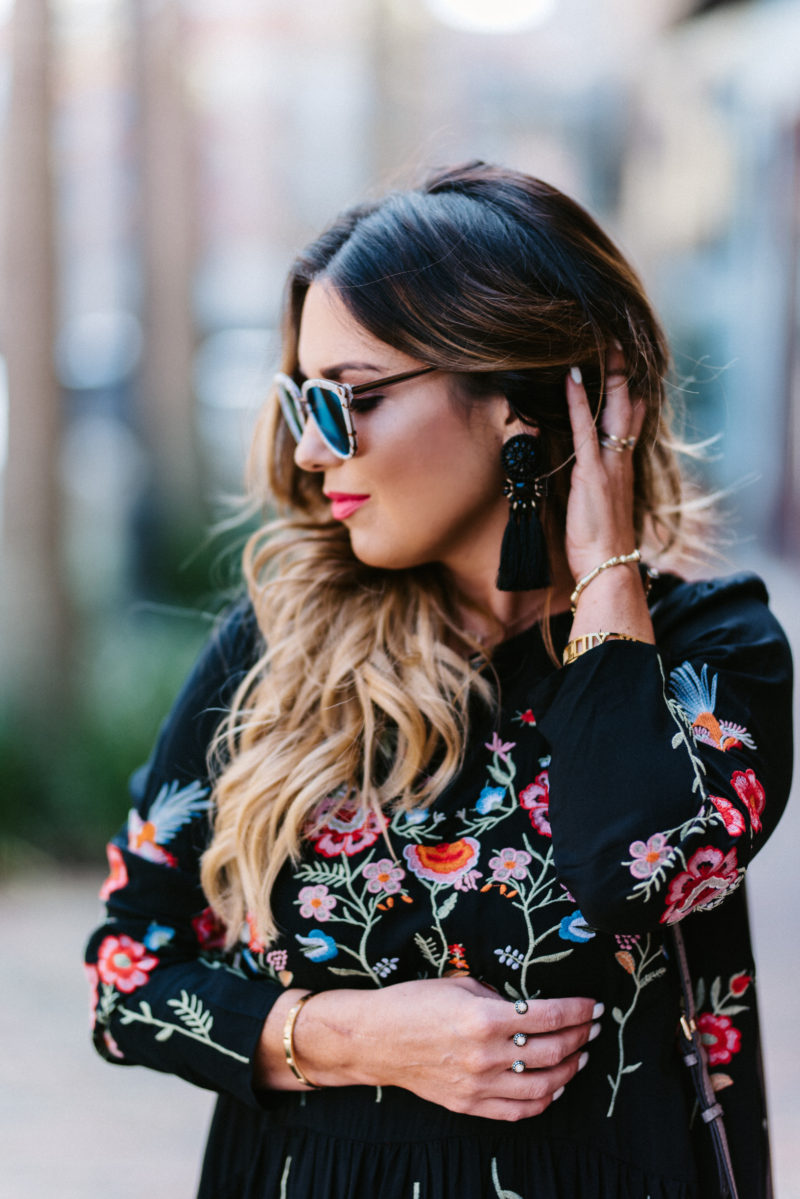 How to style an embroidered dress. Read more about how to rock this trend.