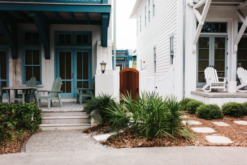 Rosemary Beach vacation recap on the blog. Read more to learn where you should stay, dine and spend your money!!