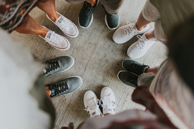 How to plan your outfits around one pair of shoes. You can rock sporty, girly, classy, or preppy with a good pair shoes. #mynewspin is all the above . Read more to find my favorites with Shoe Carnival.