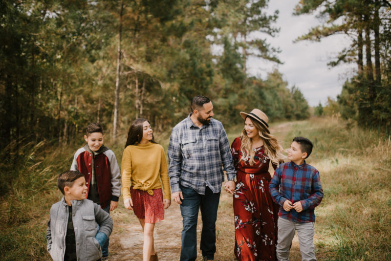FAMILY PICTURES AND THE MEANING OF CHRISTMAS