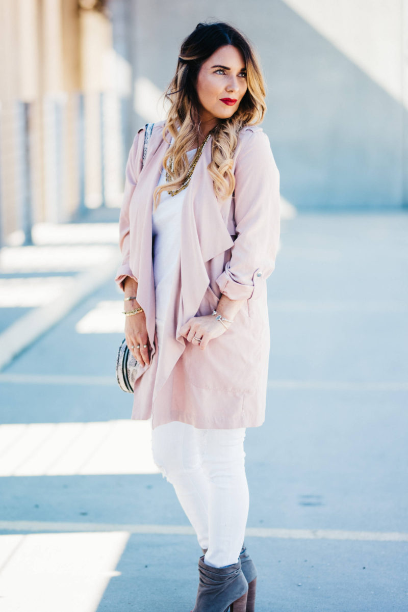 how to style a blush trench