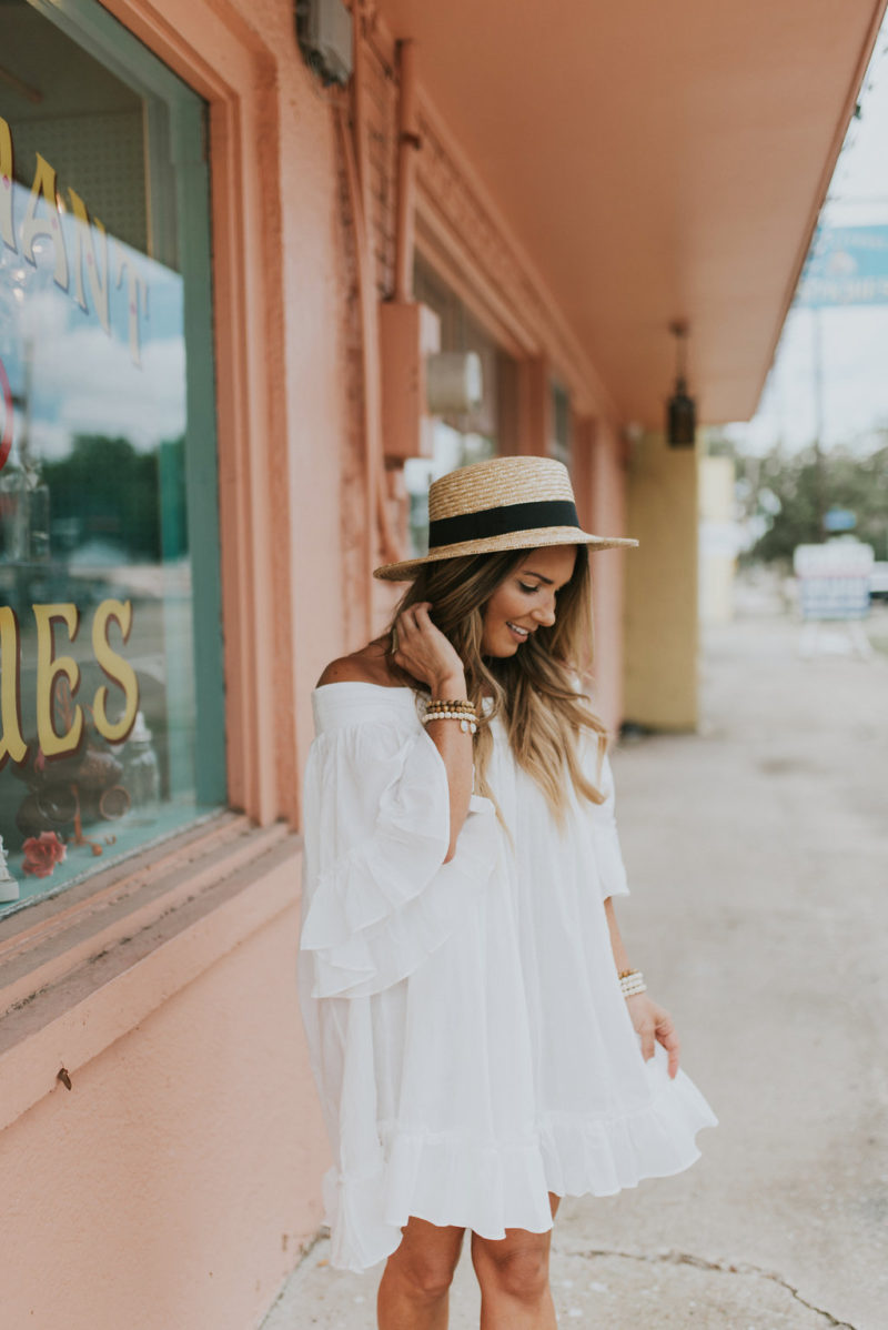 Summer outfits that are perfect for every occasion. Read more to find the perfect dress for your body type.