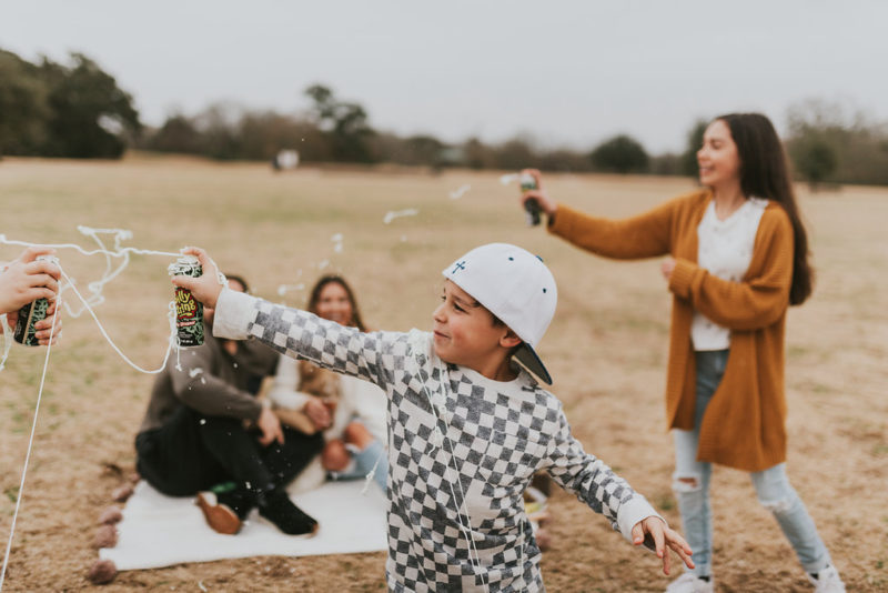 5 fun frugal family activities that are great for that budget life. Read more to find out ways to have fun as a family without spending lots of money.