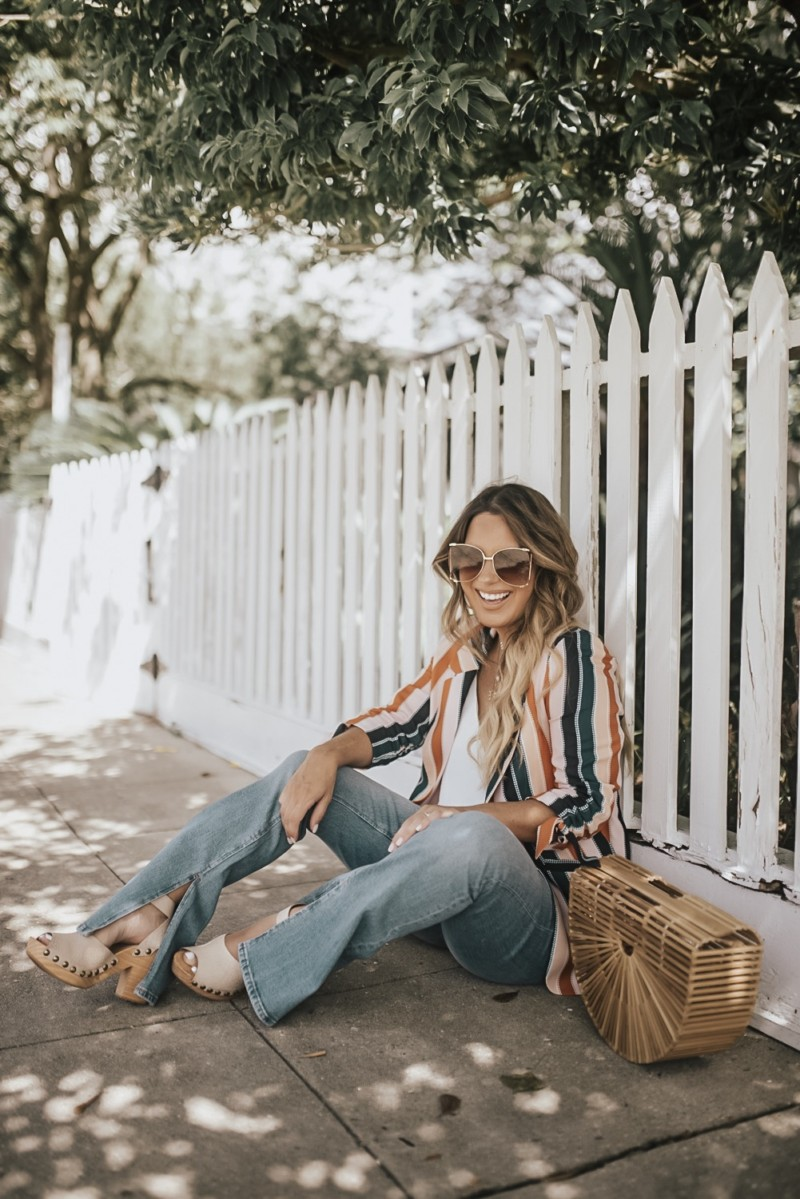 "This outfit scream ""I got this""!?!!!! Talking about flares, striped blazers, 70's fashion, and how to stay motivated!! How do you stay motivated??"