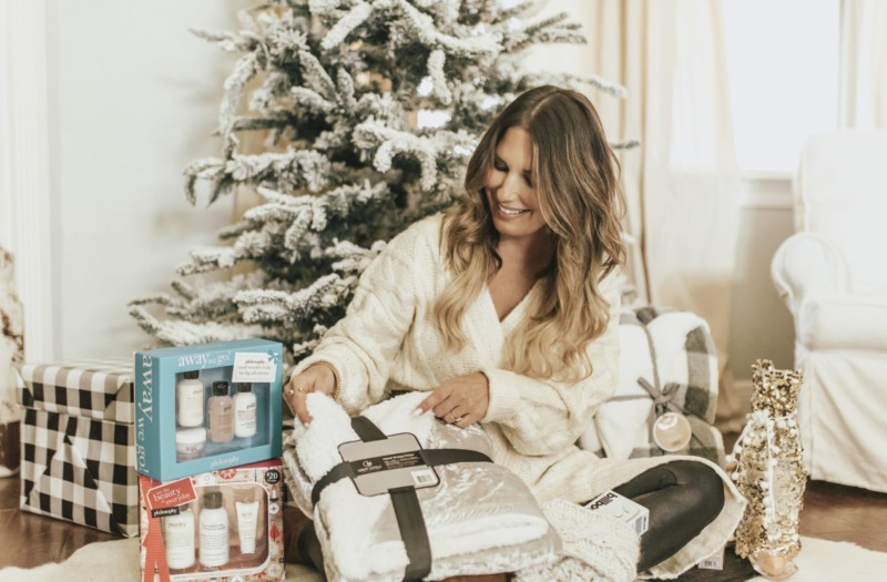 Sharing fun gifting ideas for all those holiday parties you'll be attending, and for all the girls in your life! I love to find gifts that will actually be used on the daily and love to find them for under $50.