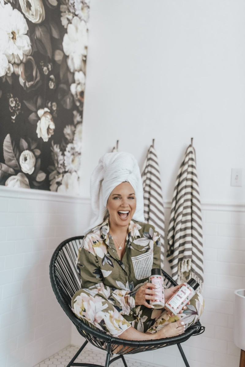 From fashion to house decor to beauty products, they have it all at Target. I'm thinking half of my house has been purchased at Target!!! And… it's time to say hello to spring beauty and style, so Target is the place to go!