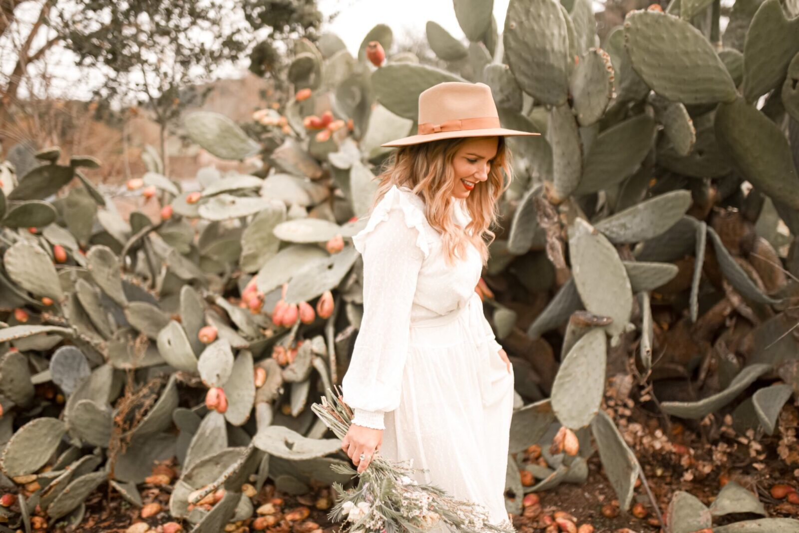 5 LESSONS THAT I'VE LEARNED FROM BLOGGING | boho style, bohemian white dress, white maxi dress