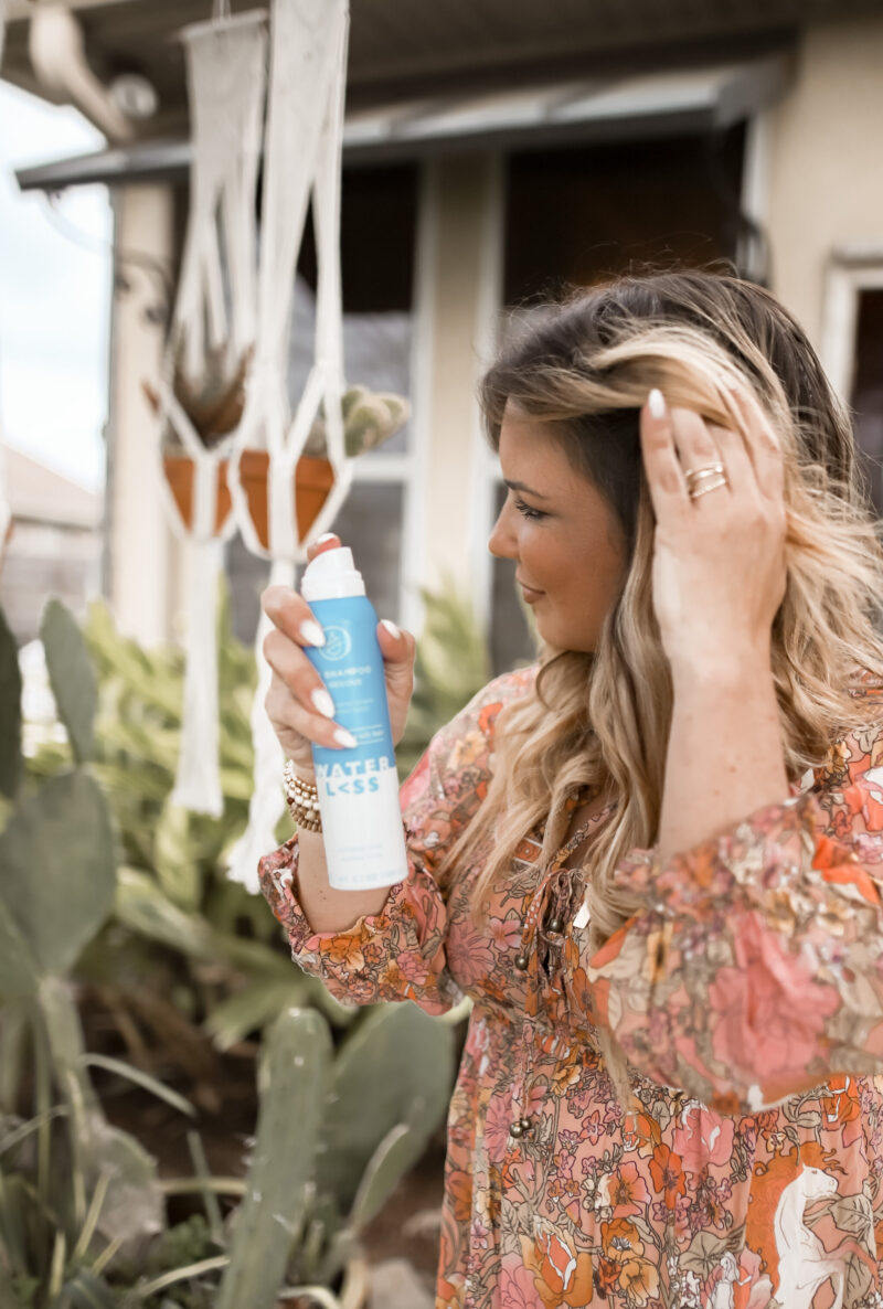HOW TO REFRESH YOUR HAIR WITH WATERL>SS - FOUND A DRY SHAMPOO AND DRY CONDITIONER THAT IS FREE FROM CHEMICALS - NO RESIDUE AND PARABEN AND SULFATE FREE