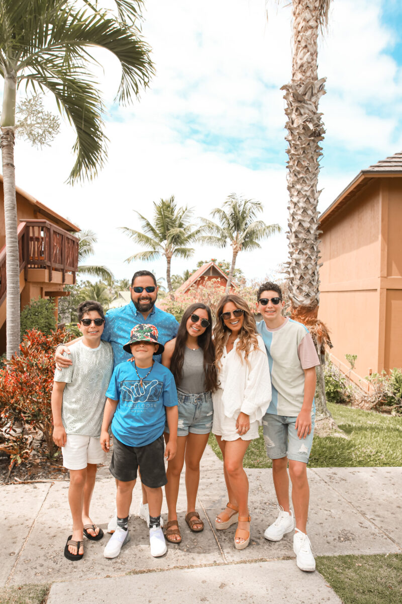 Sharing all of the details about our family vacation with Club Wyndham Kona Hawaiian Resort. Top things to do on the Big Island, where to stay + where to eat in Hawaii on the blog