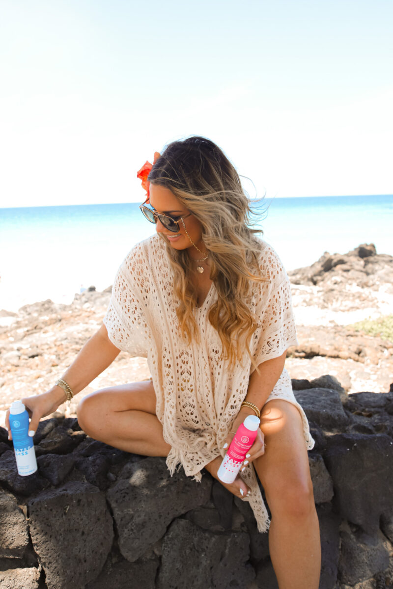 HOW TO MAINTAIN HAIR WHILE AT THE BEACH?!! SHARING MY FAVORITE HAIR PRODUCTS TO PACK WHEN TRAVELING. BEST DRY SHAMPOO + DRY CONDITIONER