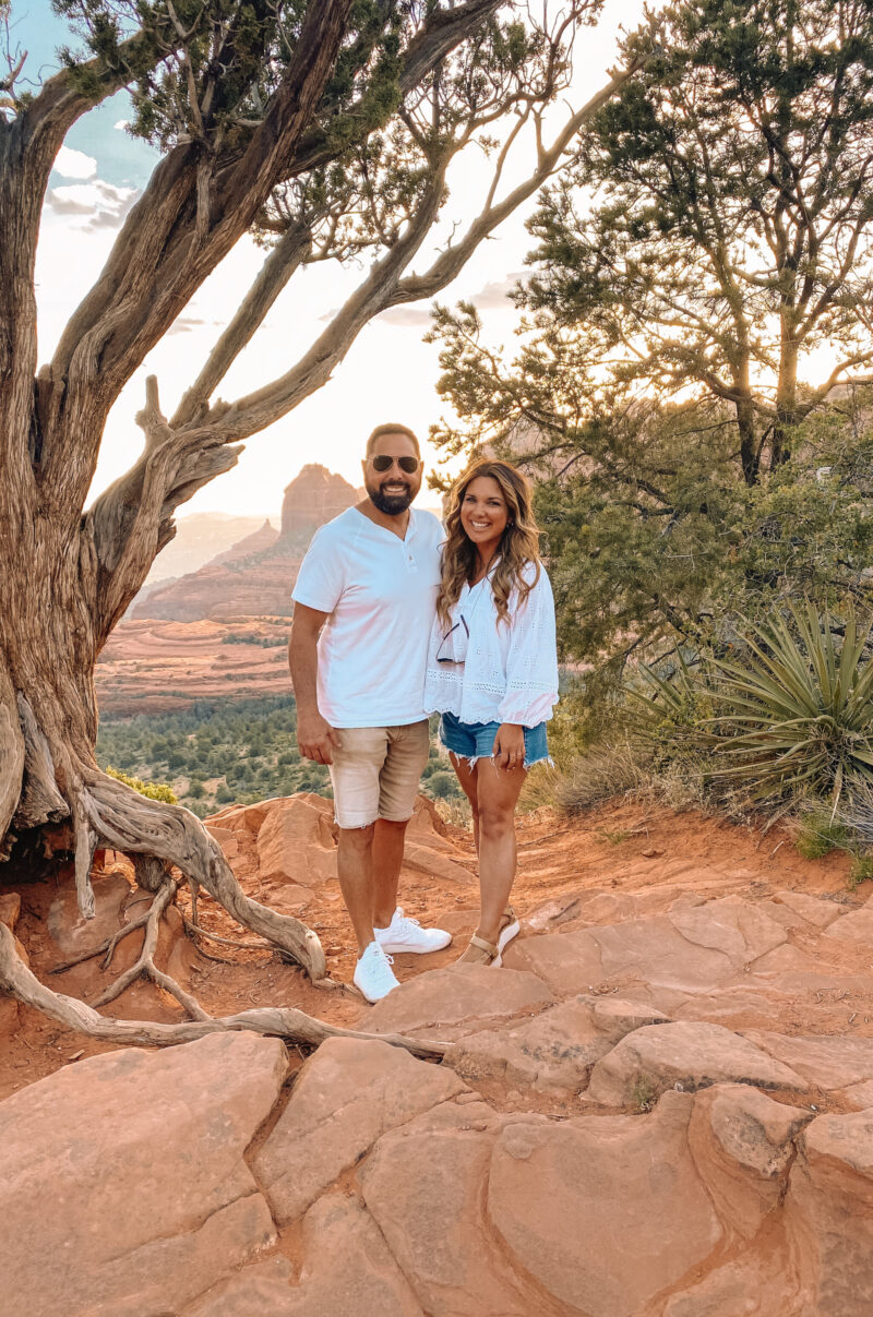 SHARING ALL OF THE DETAILS OF OUR TRIP TO SCOTTSDALE. FAVORITE SPOTS TO VISIT, TO EAT, AND TO BOOK ON YOUR NEXT TRIP TO ARIZONA.